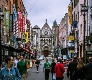 Immersion linguistique longue durée gap year dublin